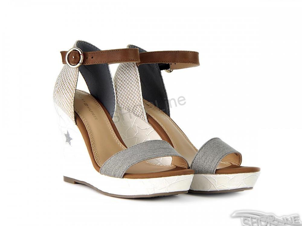 dfa62d9c9 Sandále Tommy Hilfiger Edel 10D1 - FW0FW01096121   Shopline.sk