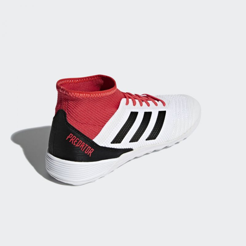 Halovky Adidas Predator Tango 18.3 IN M – CP9929. Pánske halovky Adidas  Predator 0a4693f31ee
