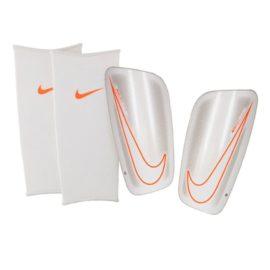 Futbalové chrániče Nike Mercurial Flylite - SP2085-102