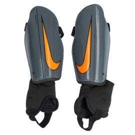 Futbalové chrániče Nike Charge 2.0 M - SP2093-089