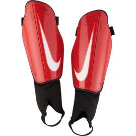 Futbalové chrániče Nike Charge 2.0 M - SP2093-657