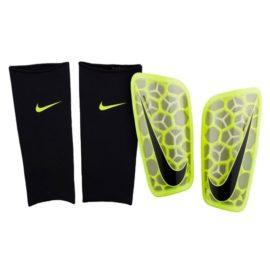 Futbalové chrániče Nike Mercurial Flylite SuperLock - SP2121-702