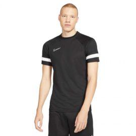 Nike-CW6101-010